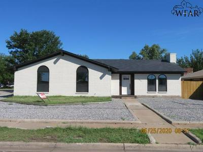 1806 KATHERINE DR, Wichita Falls, TX 76306 - Photo 1