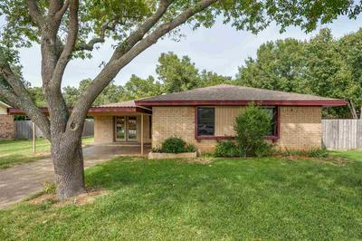725 DANA ST, Burkburnett, TX 76354 - Photo 1