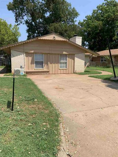 1113 CLOVER DR, Burkburnett, TX 76354 - Photo 1