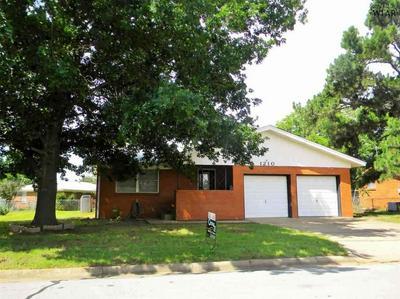 1210 CLOVER DR, Burkburnett, TX 76354 - Photo 1