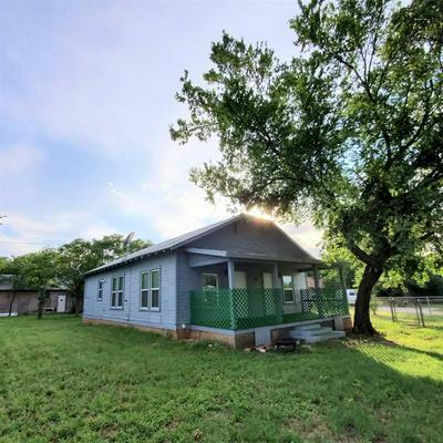 1606 TRAVIS ST, Wichita Falls, TX 76301 - Photo 1