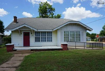 1700 PEARL AVE, Wichita Falls, TX 76301 - Photo 2