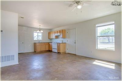 1701 6TH ST, Wichita Falls, TX 76301 - Photo 2