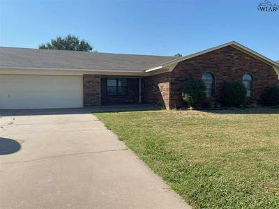 1418 SIOUX LN, Burkburnett, TX 76354 - Photo 2