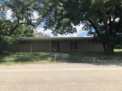 716 E SOUTH ST, Henrietta, TX 76365 - Photo 1