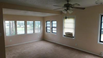 103 LILY ST, Burkburnett, TX 76354 - Photo 2