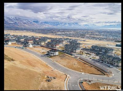 4448 N SEASONS DR # 133, Lehi, UT 84043 - Photo 2