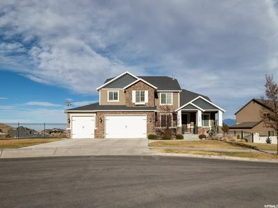5566 W BUGLE RIDGE CT, Herriman, UT 84096 - Photo 2