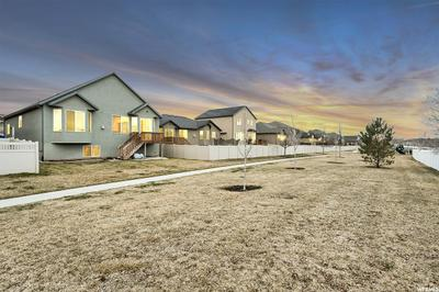 12907 S TORTOISE LN, RIVERTON, UT 84096 - Photo 2