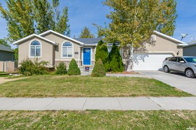 1812 W 1225 S, Syracuse, UT 84075 - Photo 1
