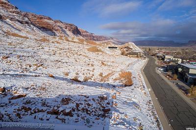 609 DOC ALLEN DR, Moab, UT 84532 - Photo 2