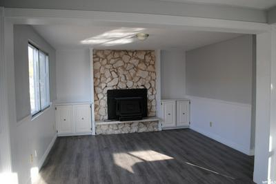 111 N 100 W, Roosevelt, UT 84066 - Photo 2