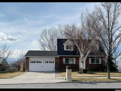 12174 S YORKRIDGE RD, SANDY, UT 84094 - Photo 1