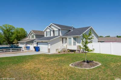 3585 S WING POINTE DR, Magna, UT 84044 - Photo 2