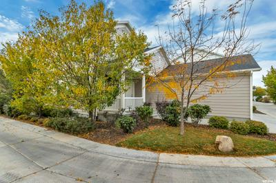 11629 S GRANDVILLE AVE, South Jordan, UT 84009 - Photo 2