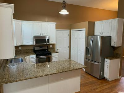 534 W 2375 N, Lehi, UT 84043 - Photo 2