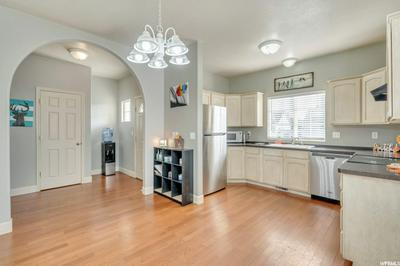 1332 S 1600 W, Syracuse, UT 84075 - Photo 2