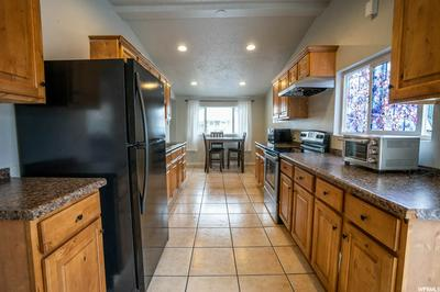 657 W 2ND AVE, Midvale, UT 84047 - Photo 2