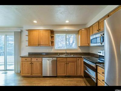 1104 E CEDAR RIDGE RD, SANDY, UT 84094 - Photo 2