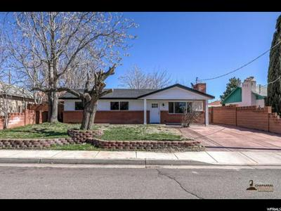 53 S 200 W, WASHINGTON, UT 84780 - Photo 1