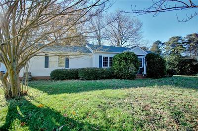 1528 LAURENS RD, Gloucester Point, VA 23062 - Photo 2