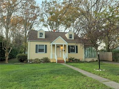 18 GREEN OAKS RD, Newport News, VA 23601 - Photo 2