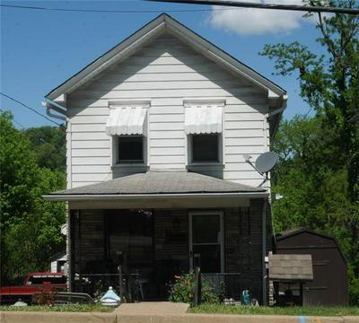 407 N 4TH ST, Jeannette, PA 15644 - Photo 1
