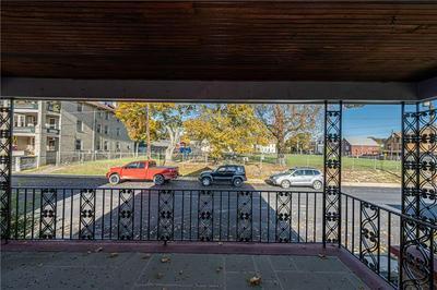 152 W HIGH ST, KITTANNING, PA 16201 - Photo 2