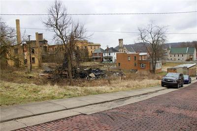 520 HIBBS ST, Brownsville, PA 15417 - Photo 1