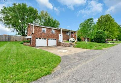 1317 LAIRD AVE, Hopewell Township - Bea, PA 15001 - Photo 2