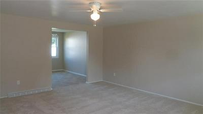 5168 ROSECREST DR, Pittsburgh, PA 15201 - Photo 2