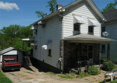 407 N 4TH ST, Jeannette, PA 15644 - Photo 2