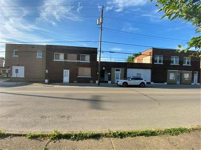 701 HAMILTON AVE, Farrell, PA 16121 - Photo 2