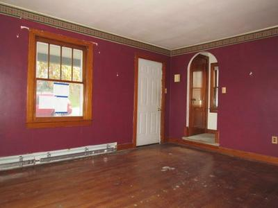 741 RUSSELL AVE, Johnstown, PA 15902 - Photo 2