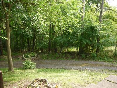 105 EVANS CITY RD, Township Of But Nw, PA 16001 - Photo 2