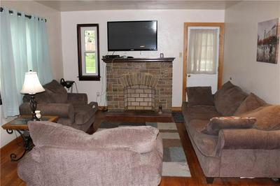 100 ORCHARD AVE, Scottdale, PA 15683 - Photo 2