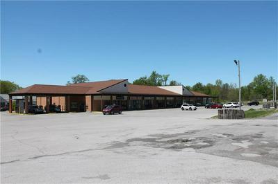 100 HADLEY RD UNIT 2, Hempfield Township - Mer, PA 16125 - Photo 2