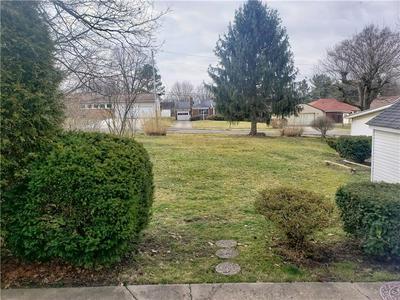 108 E NORTHVIEW AVE, NEW CASTLE, PA 16105 - Photo 2