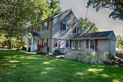 1240 HULTON RD, Oakmont, PA 15139 - Photo 1