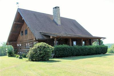 247 WYLIE RD, Saxonburg, PA 16056 - Photo 2