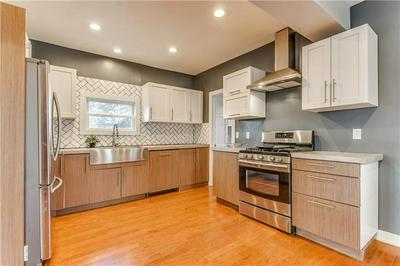 449 ELWYN AVE, Springdale Borough, PA 15144 - Photo 2