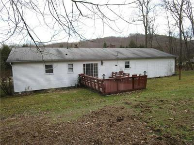 163 BOSWELL RD, New Florence, PA 15944 - Photo 2
