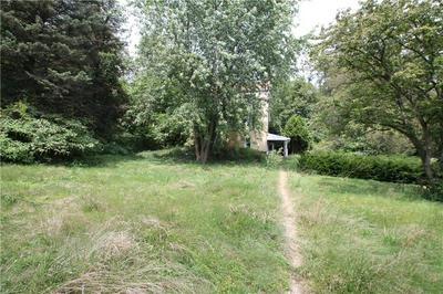 706 LOCUST ST, Penn Township - Wml, PA 15675 - Photo 2