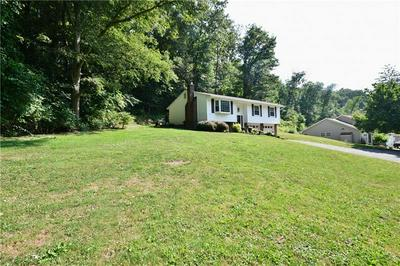 586 FLAUGHERTY RUN RD, 15108, PA 15108 - Photo 2