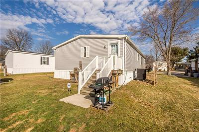 412 SUNNY DALE DR, CRANBERRY TOWNSHIP, PA 16066 - Photo 2