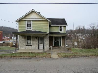 8 HILLCREST AVE, Burgettstown Borough, PA 15021 - Photo 1