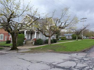 687 BROADWAY ST, Rockwood, PA 15557 - Photo 2