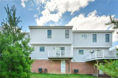 243 OVERLOOK CT, Coraopolis, PA 15108 - Photo 2