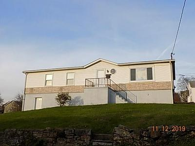 129 KIRKPATRICK AVE, Leechburg Borough, PA 15656 - Photo 2