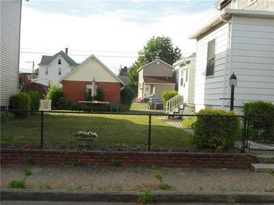 337 WASHINGTON ST, Latrobe, PA 15650 - Photo 2